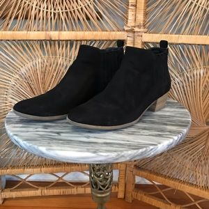 A new day 7.5 black suede booties